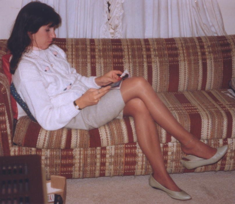 Aunt's Stockings & Mom's Pantyhose-Conclusion