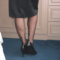 Nylon Jane in a dress?